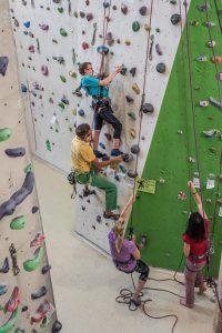INKlettern Menschen mit und ohne Behinderung klettern gemeinsam